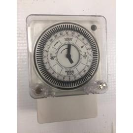 Часовник  TACTIC 211.4 2T (MIL 72/1) 230V Grasslin